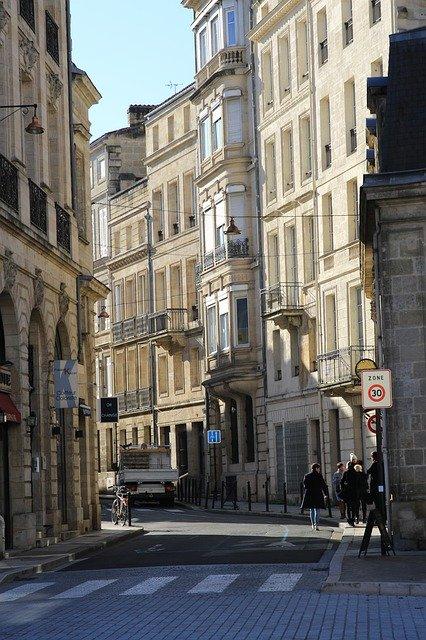 Quels sont les avantages de l'investissement en loi Pinel à Bordeaux